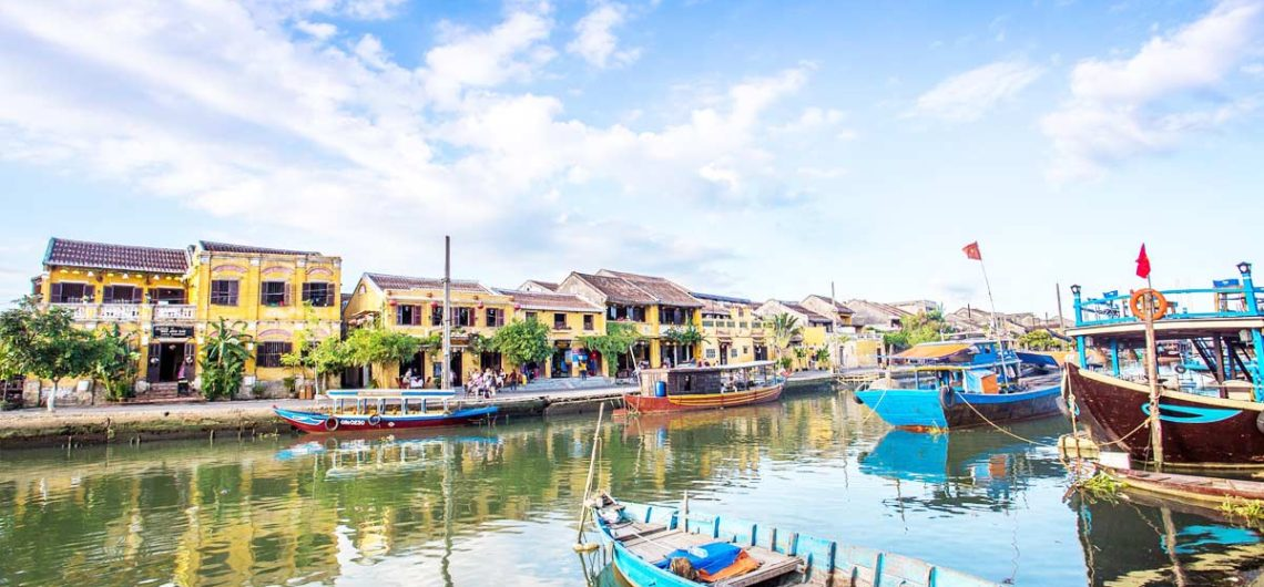 Travel hue to hoi an