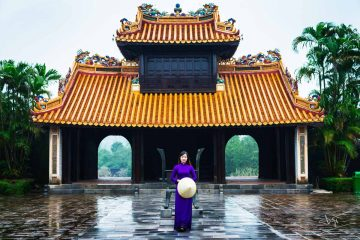 Join Hue city tour 1 day and visit Tu Duc tomb