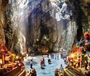 cave-in-Marble-mountain-hoi-an