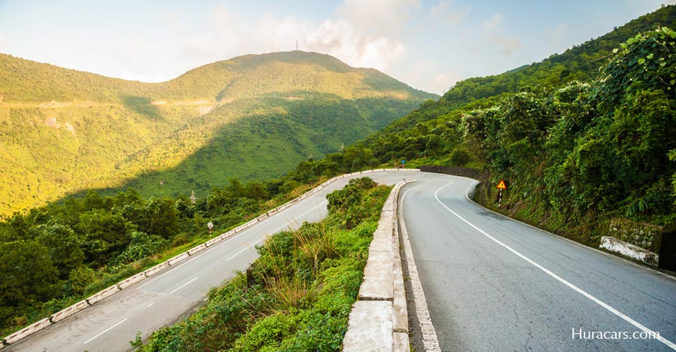 Hai Van pass is the majestic scenery road in VIetnam