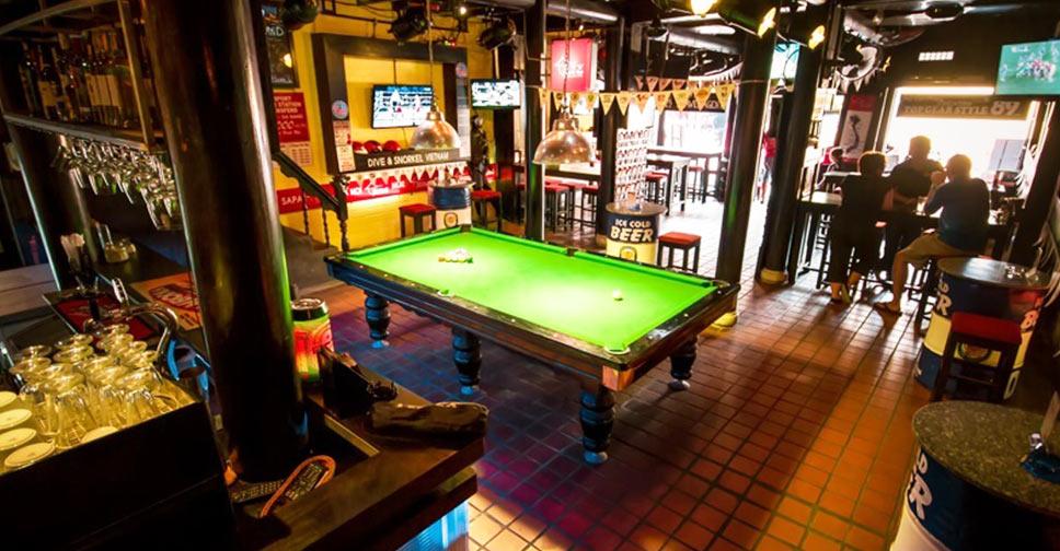 Hoi An night life sport bar