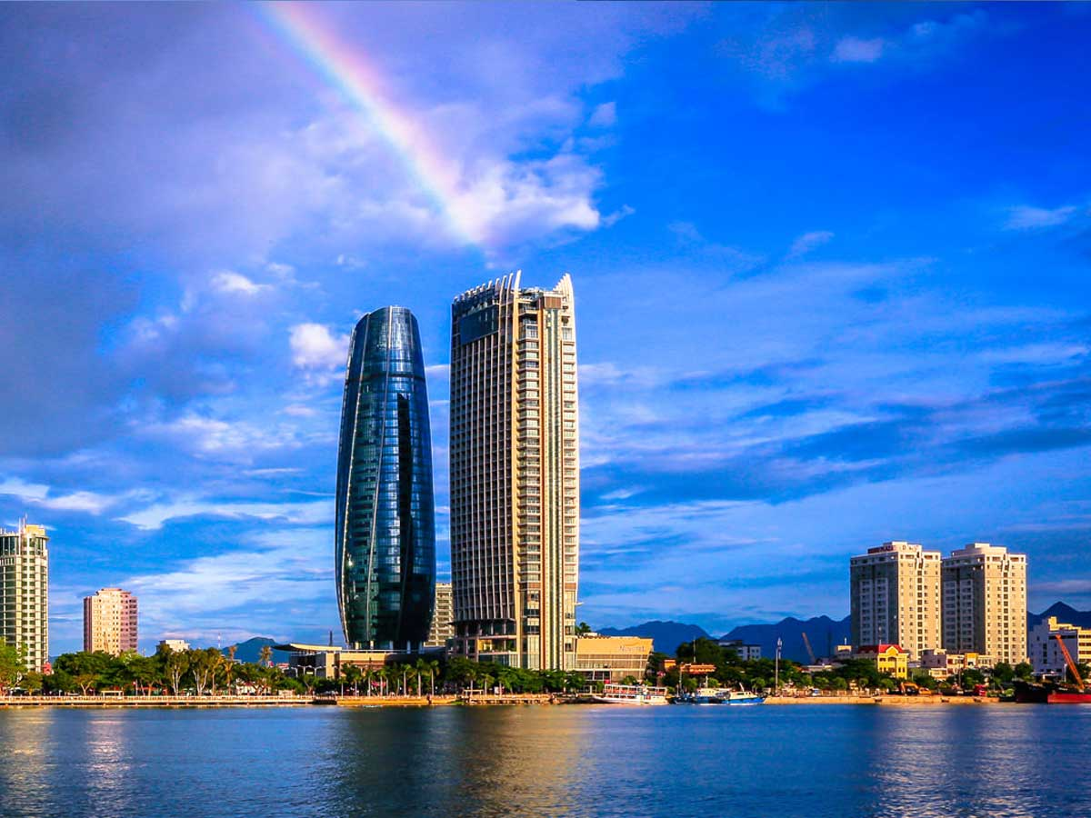 4 Best Ways on How to Get from Hue to Danang & Vice Versa?