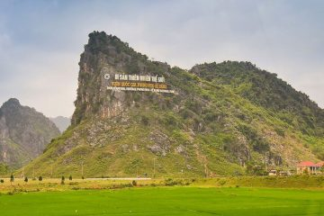 transfer phong nha to Hue by private car