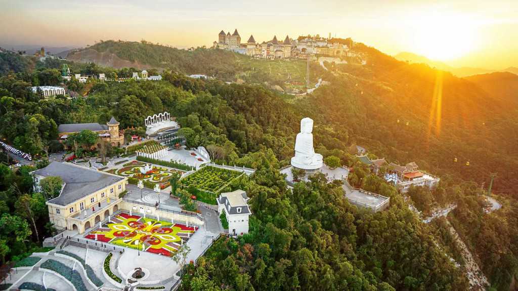 How to get to Ba Na Hills 2018