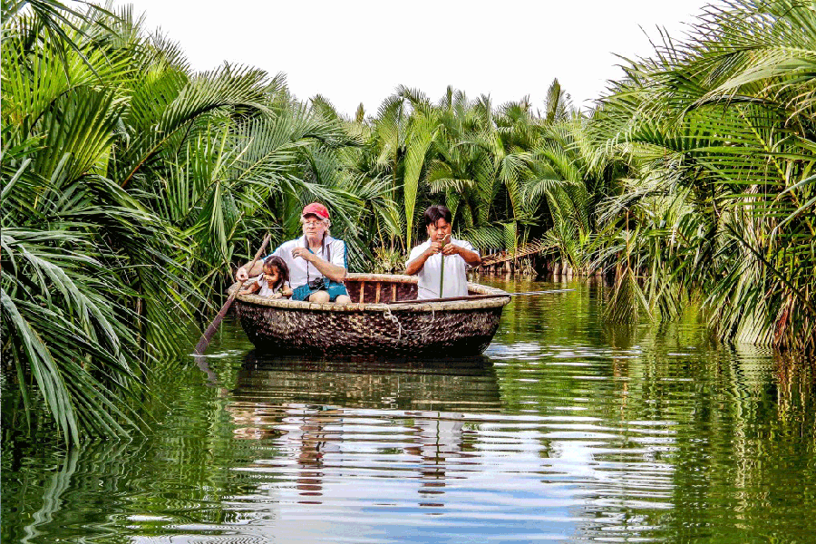 Boat ride in Water-coconut Cam Thanh Village
