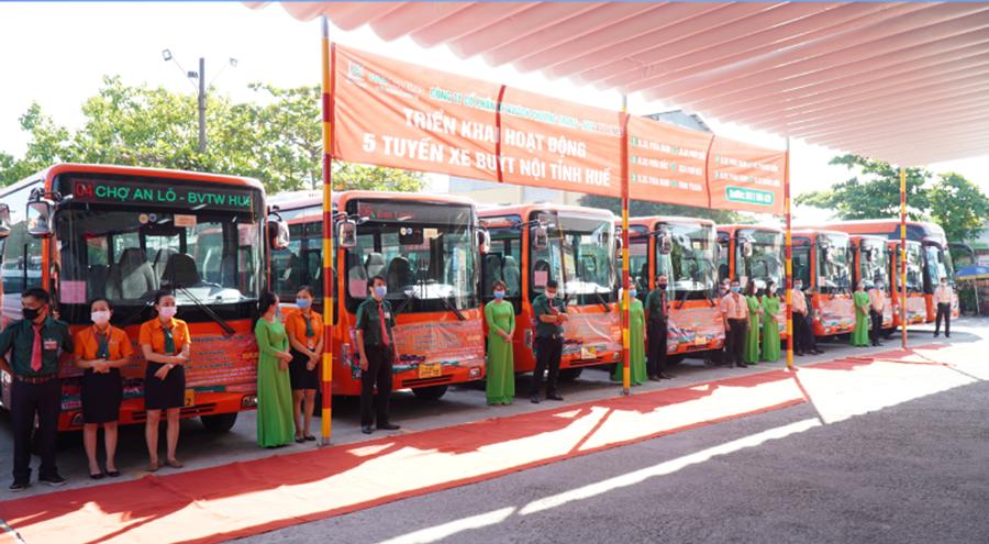 Xe bus nội thành Huế - Phương Trang bus