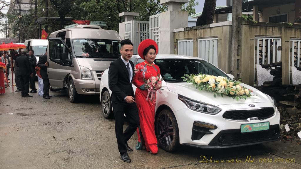 Cho thuê xe cưới ở Huế