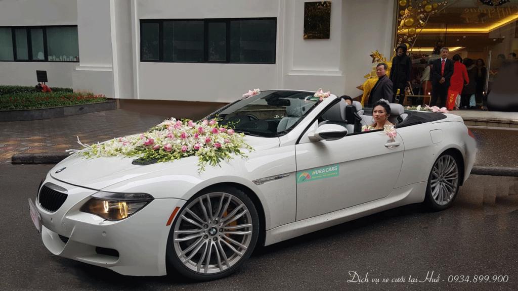 Xe cưới mui trần ở Huế